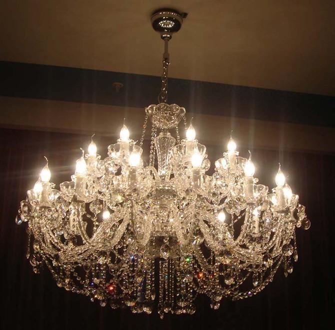 欧式餐厅蜡烛轻奢客厅灯简约现代大气灯奢华灯具简欧卧室水晶吊灯