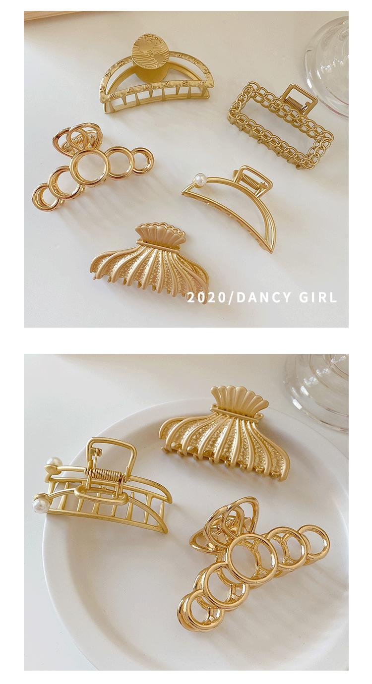 Hot selling fashion metal catch clip retro women's hair clip wholesale NHCQ257737