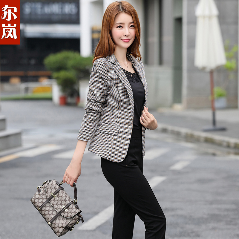 ac8f50c428 Spring chic ladies fashion plaid small suit female jacket Korean version  2019 new spring and autumn long-sleeved short suit