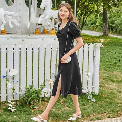三彩2020夏季新款复古方领泡泡袖短袖小黑裙山本赫本风连衣裙女