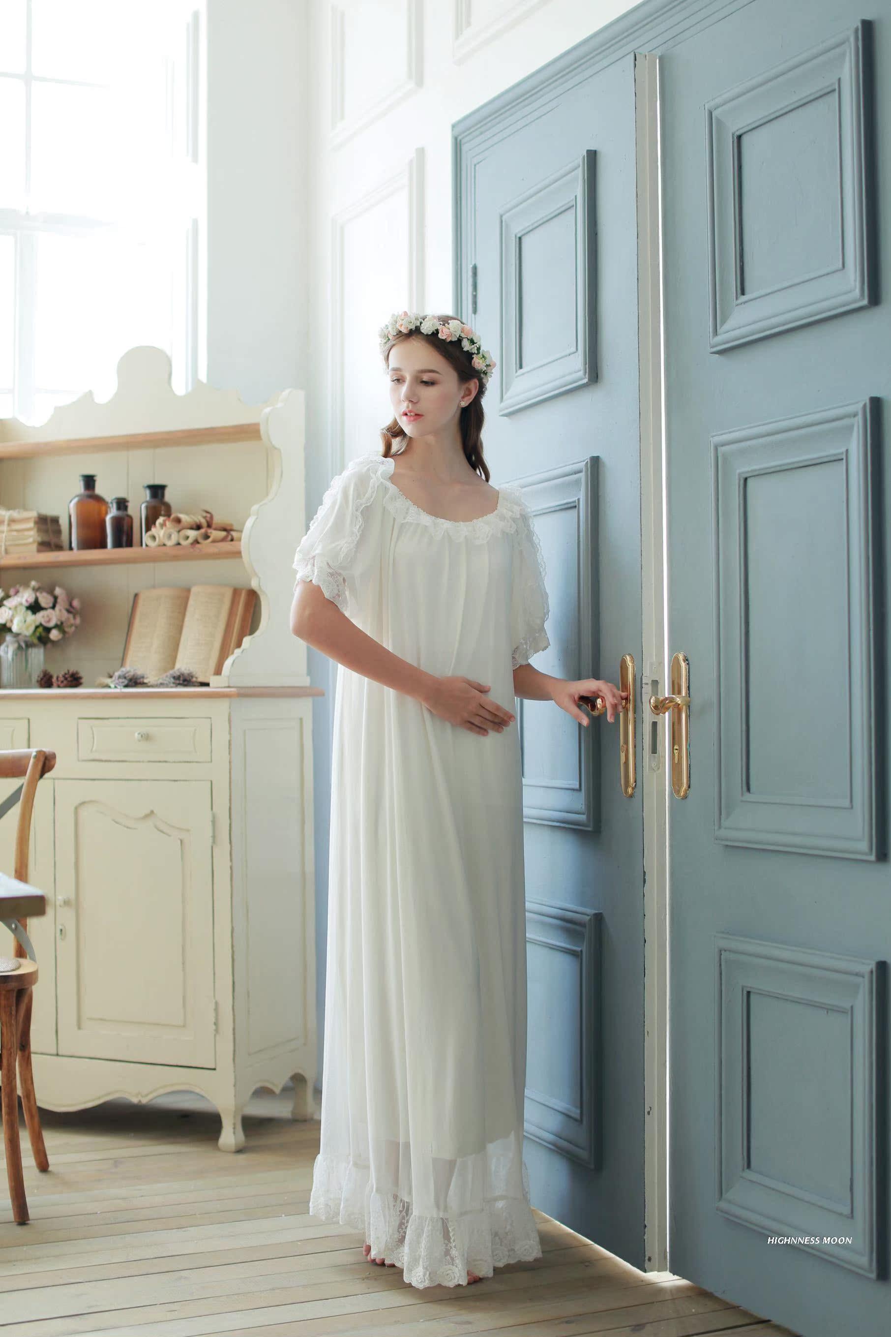 939067b04e ... lightbox moreview · lightbox moreview. PrevNext. (Dream)summer Princess  lace short sleeve long nightdress ...