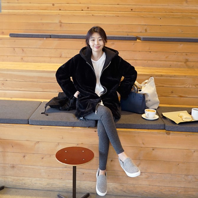 D08韩国女装代仿濑兔毛顺滑毛绒感戴帽秋冬女外套仿皮草保暖内搭