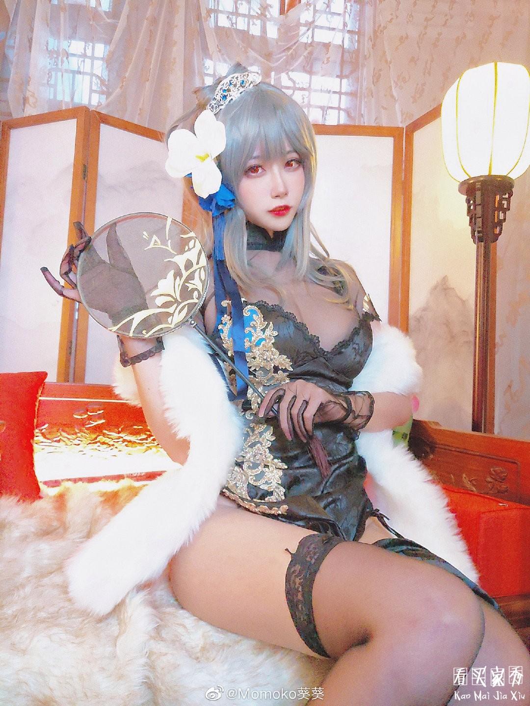 碧蓝航线路易九世cos旗袍买家秀,这是什么神仙身材,太爆炸了5