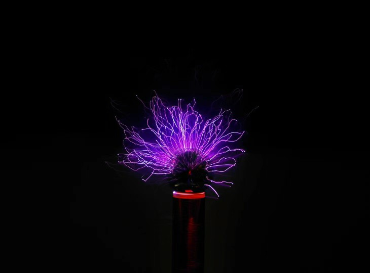 24 09] Spark gap Tesla coil kit diy technology production