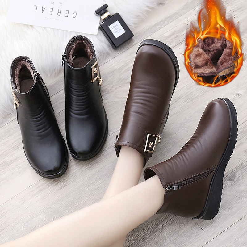 Winter mother cotton shoes middle and old aged flat boots old shoes and velvet warm soft bottom non-slip middle-aged women's shoes
