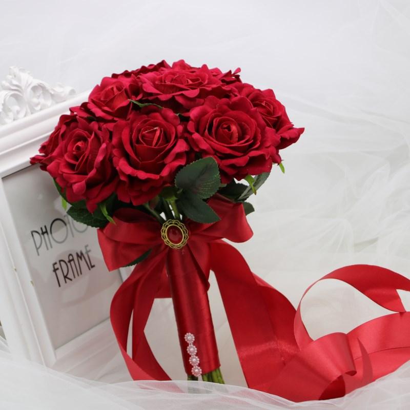 新品中式婚礼新娘捧花婚纱摄影道具仿真伴娘红玫瑰结婚秀禾服红色