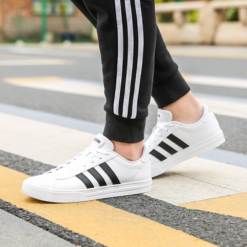 online store 003f4 ebb98 ADIDAS Adidas NEO 19 spring and summer men s sports and leisure shoes  DA9868 DB0160