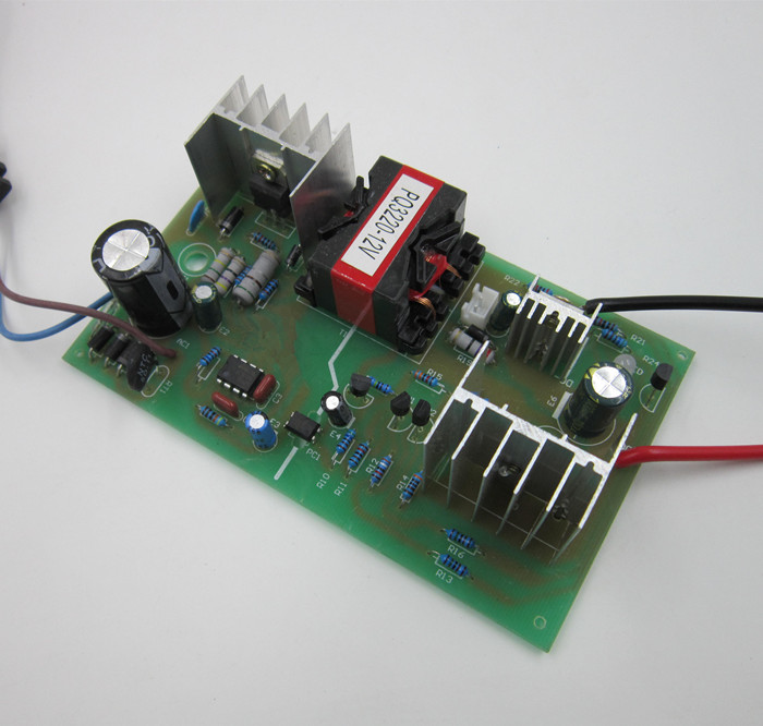 12v6A charger circuit board full of saturated reverse Protection car
