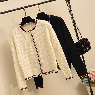 2020 spring and autumn new small fragrant floral knitted small cardigan short top clothes with skirt sweaters outside
