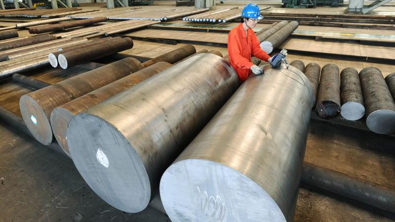 中国制造业PMI连续三个月萎缩,服务业活动连续两个月放缓