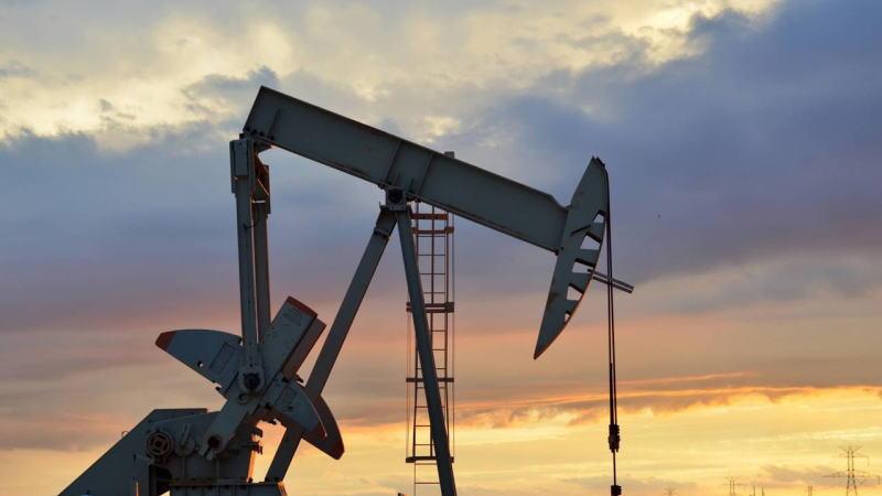 原油价格走势分析,今日油市最重要的事件,wti油价行情走势分析,布伦特原油行情,收盘价格,价格影响因素,为什么今天油价暴涨暴跌
