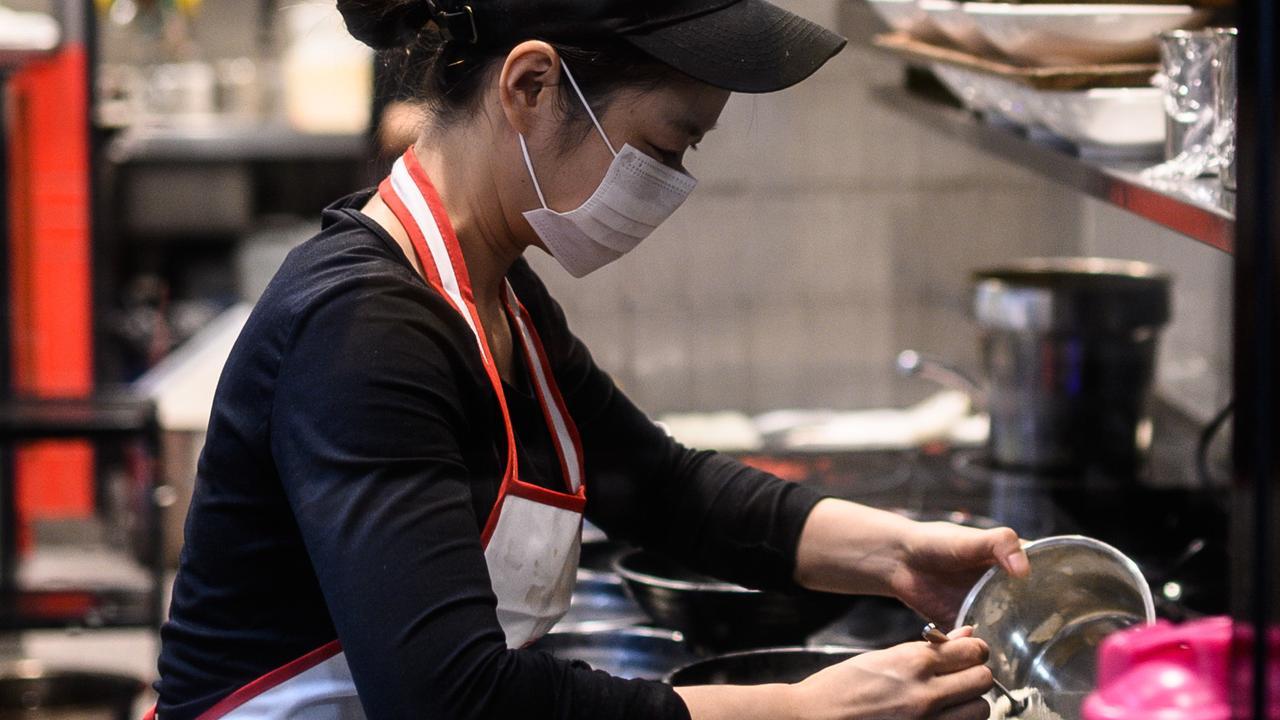 中国的经济复苏在10月加速,消费支出有望成为新动力