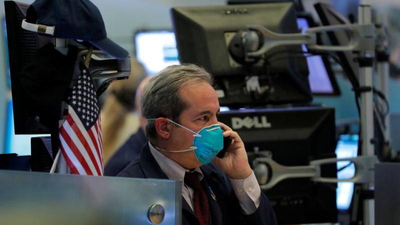 美国疫情形势持续恶化,严重打击了第三季度V形反弹的预期,压制了市场的风险偏好,亚洲股指延续弱势,欧美股指窄幅整理