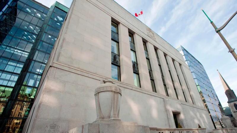 由于劳动力市场疲软,加拿大央行政策固定在危机模式
