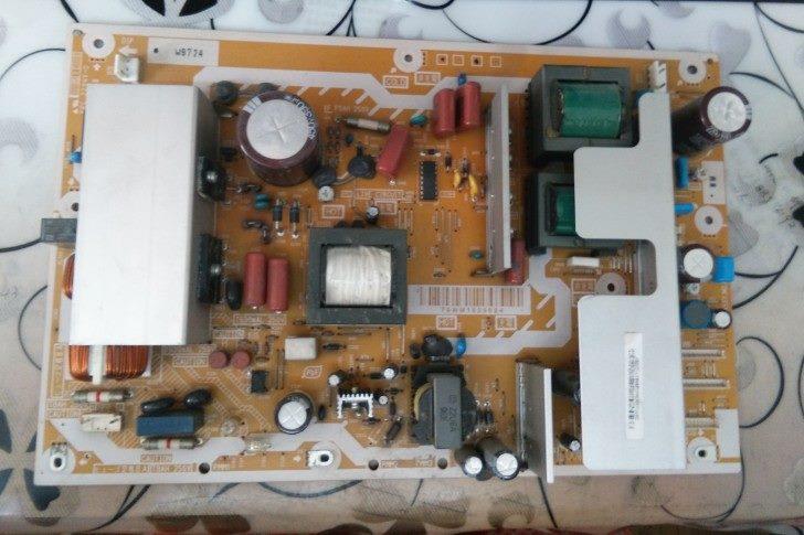 裂坏!电源原装TH-P50X10C松下板2294V-0LSEP1279LSJB1279-2
