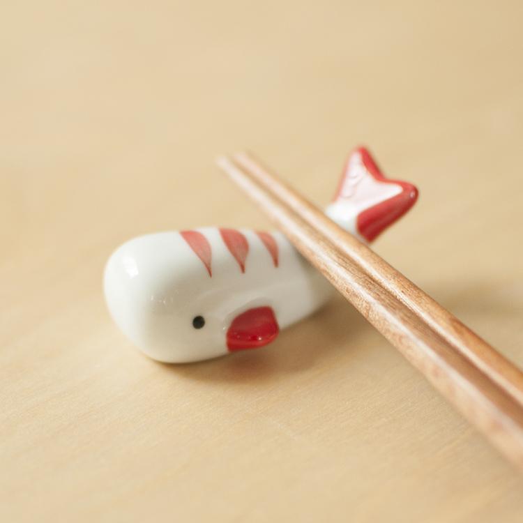 Tag: Ba con cá không thể ăn được Đuôi thú ngộ nghĩnh Bộ đồ ăn bằng gốm Dụng cụ đựng đũa đũa