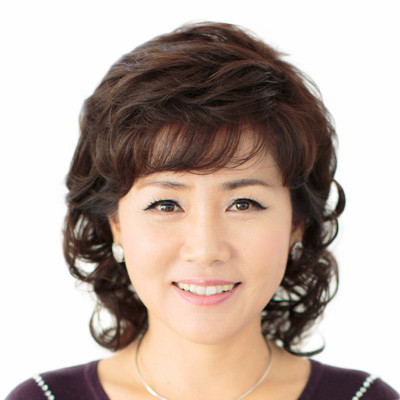 17 new middle-aged wig female short hair middle-aged lady short curly hair mother high simulation hair wig