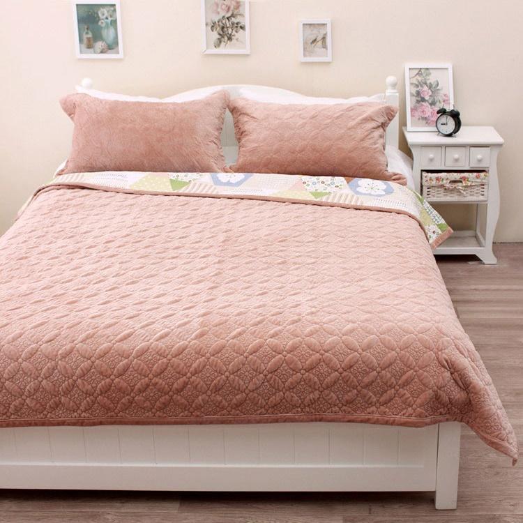 冬季新款纯色三层复合双面超柔丝滑法莱绒毛毯空调多用绗缝被包邮