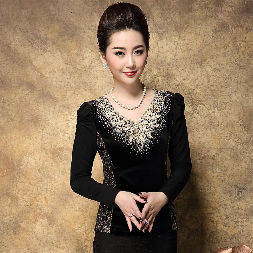 唯品会秋冬新款韩版大码女装加绒真皮上衣v领加厚长袖蕾丝打底衫