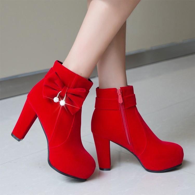 婚鞋冬女新款红色短靴新娘靴子粗跟孕妇结婚鞋子加绒高跟敬酒婚靴