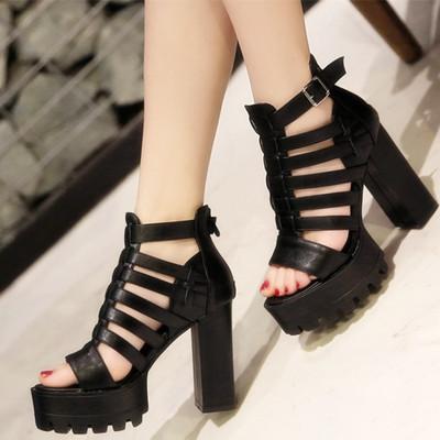 夏季超高跟粗跟凉靴一字扣带鱼嘴凉鞋大码41镂空厚底防水台女鞋43