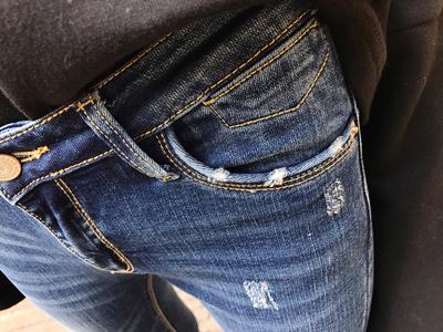 18春秋新款韩国显瘦百搭蓝色磨破牛仔裤女九分毛边紧身铅笔小脚裤