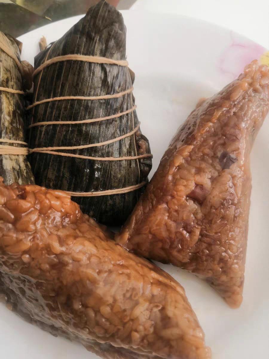 《知味观蛋黄鲜肉粽大礼包4只装》