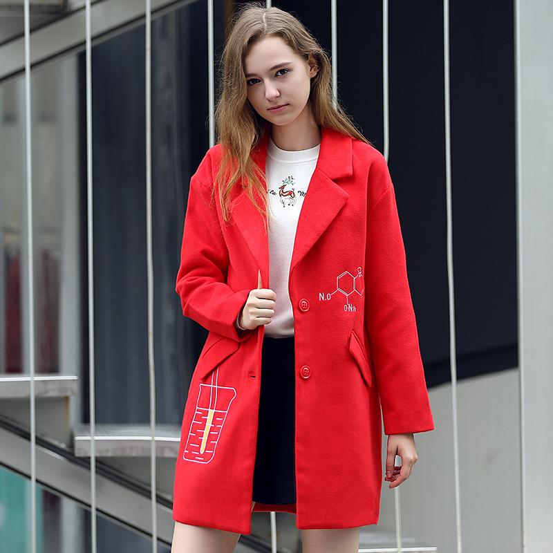 简朵女装冬季新款百搭风衣大衣扣单排喜庆a女装修身外套女E65108