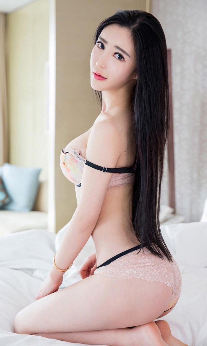 福利美图_尤果尤物佟蔓美胸蕾丝诱人身材超火辣