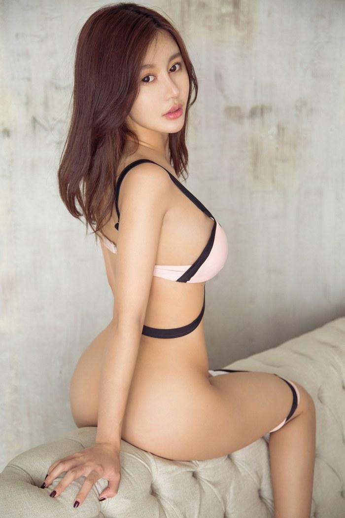 福利美图_女神漫兮身材曼妙火辣翘臀诱惑难挡
