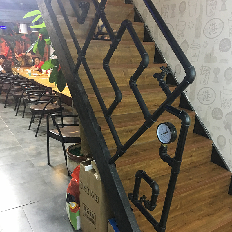 复古水管楼梯扶手护栏咖啡餐厅阁楼酒吧做旧栏杆阳台室内旋转围栏