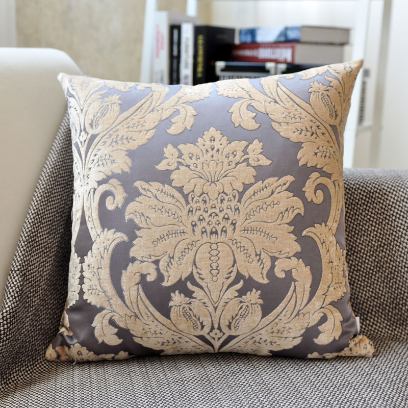 Gray-purple Ouhua pillow (chenille jacquard)