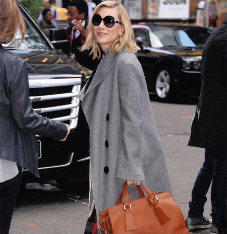 不是所有的毛呢大衣,都能穿出高级感的!