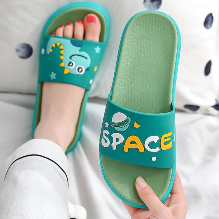 柔软舒适的凉拖鞋,防滑耐磨