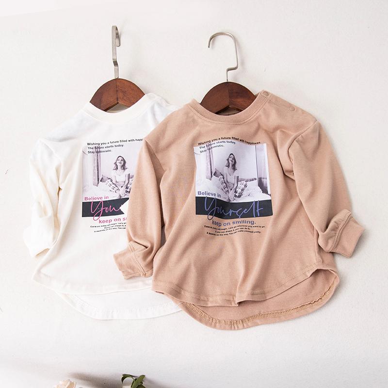 Mùa thu và mùa đông quần áo trẻ em đơn giản hoang dã đẹp ưa nhìn bảng chữ cái in cổ tròn trùm đầu áo thun dài tay chạm đáy áo 10230 - Áo thun