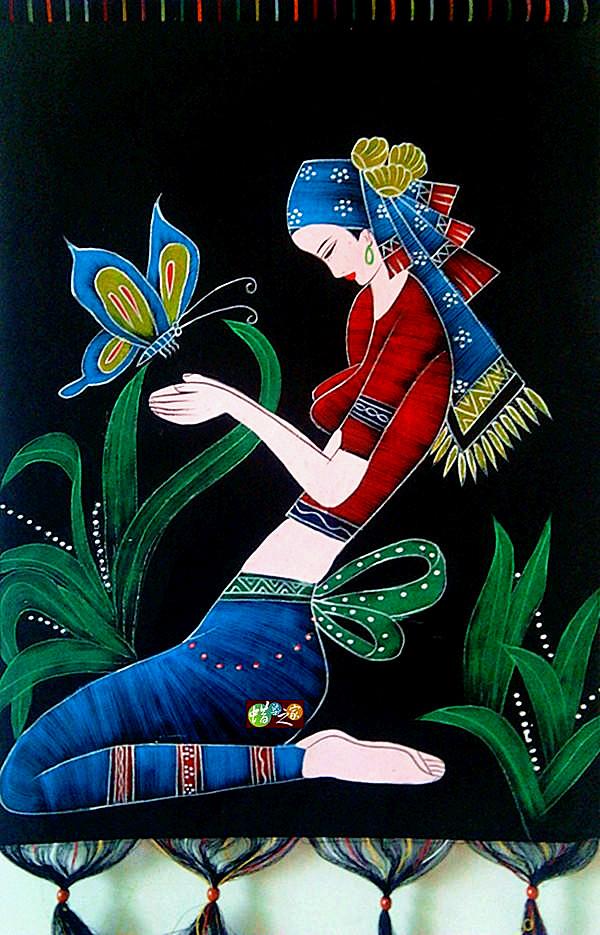 Цвет: Бабочка женский