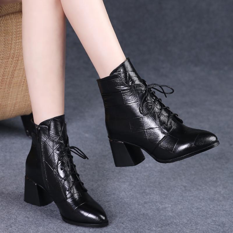 马丁靴女2019新款秋季高跟系带短靴女粗跟尖头百搭真皮鞋春秋单靴