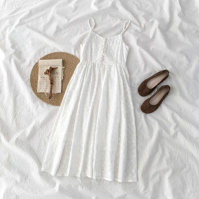 taobao agent Very fairy suspender skirt summer 2021 new female Korean style design sense niche Platycodon a-line dress