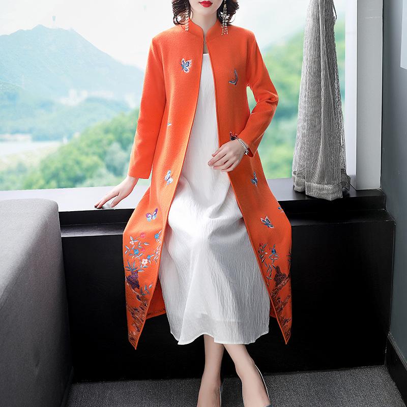 中国风长袖风衣花开衫毛衣针织羊毛披肩长款外秋冬蝴蝶女外套刺绣
