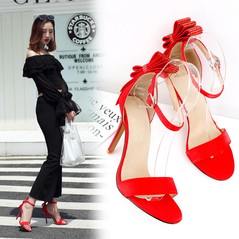 迪朵时尚皇妹布兰卡迪新款专柜欧美v时尚凉鞋洞洞鞋女鞋露趾低帮