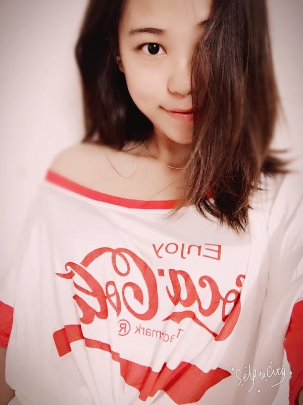 LIVIA 宽松欧美风 oversize复古经典恶搞可乐棉T恤 超爱这个范儿