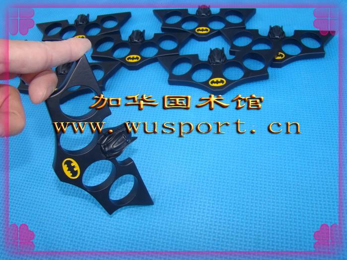 FS5黑色蝙蝠拳扣 终极打造超酷拳环 手扣铁拳头