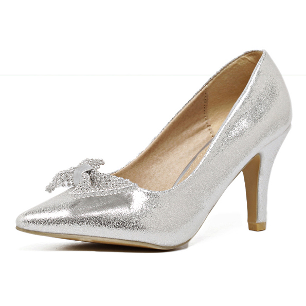 Silver Bow Pumps's main photo