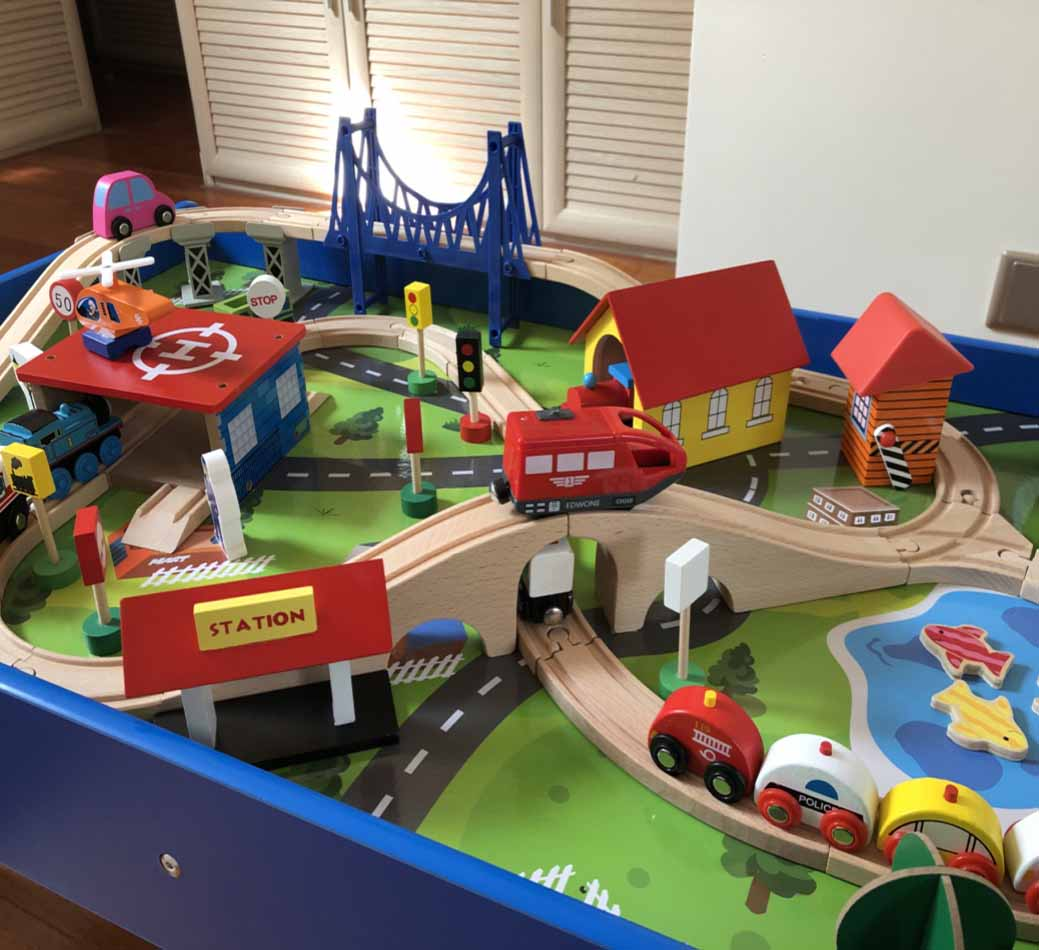 Pleasant Rail Electric Small Train Set Wooden Track Table Small Locomotive Childrens Toys With Table Interior Design Ideas Apansoteloinfo