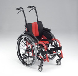 Japan Matsunaga MAX-JR children's customized wheelchairs, children's sports wheelchairs, self-propelled wheelchairs, sitting width optional