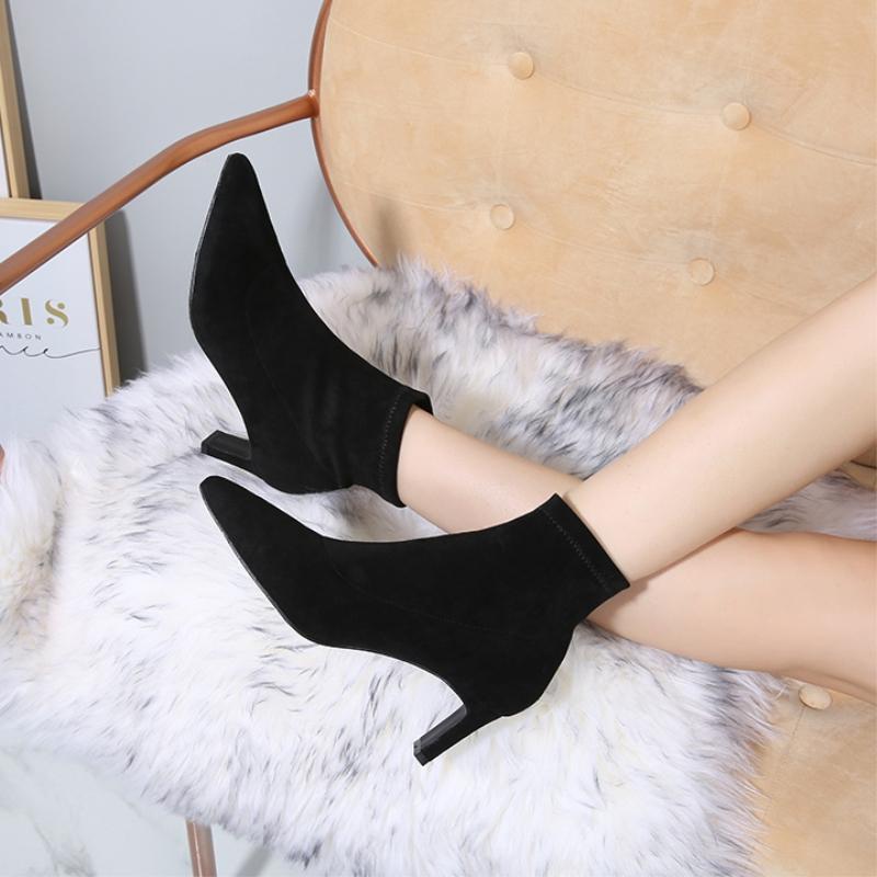新款粗跟短靴尖头高跟鞋百搭弹力磨砂中筒踝靴瘦瘦靴黑色袜子靴冬