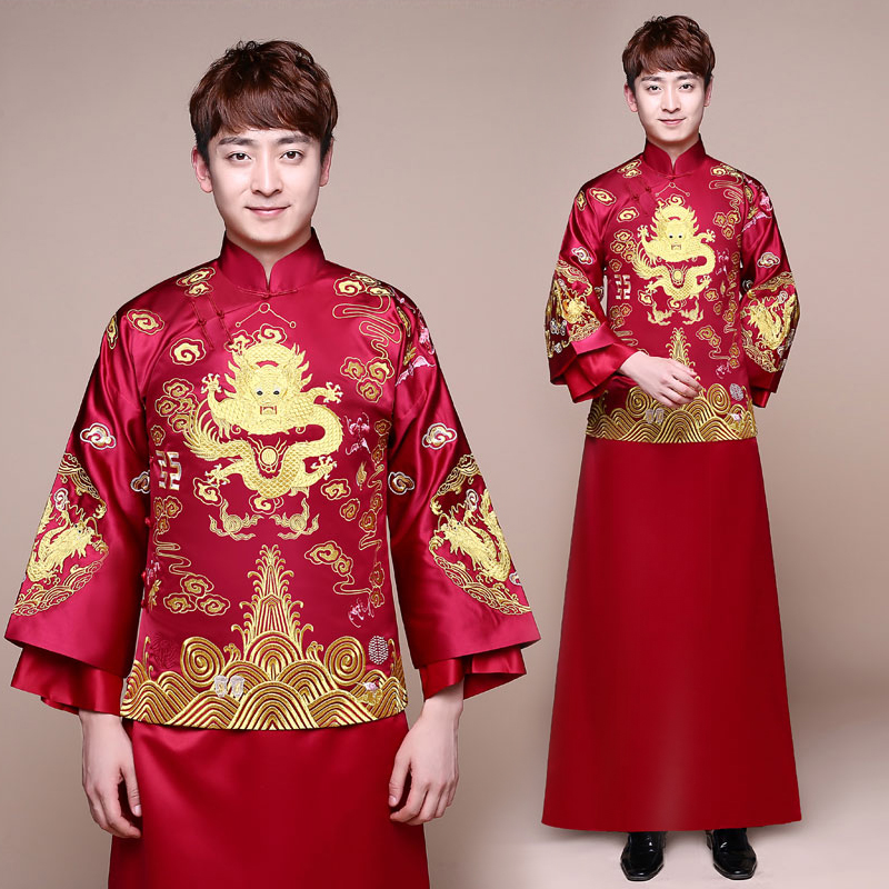 d288566ea Vintage Chinese Red Traditional Wedding Dress Toast Cheongsam Bride And  Groom Wedding Suit Heavy Heandwork Embroider
