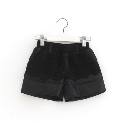 (Three 30% off) brand discount children's clothing winter shorts girls shorts lace black 41586