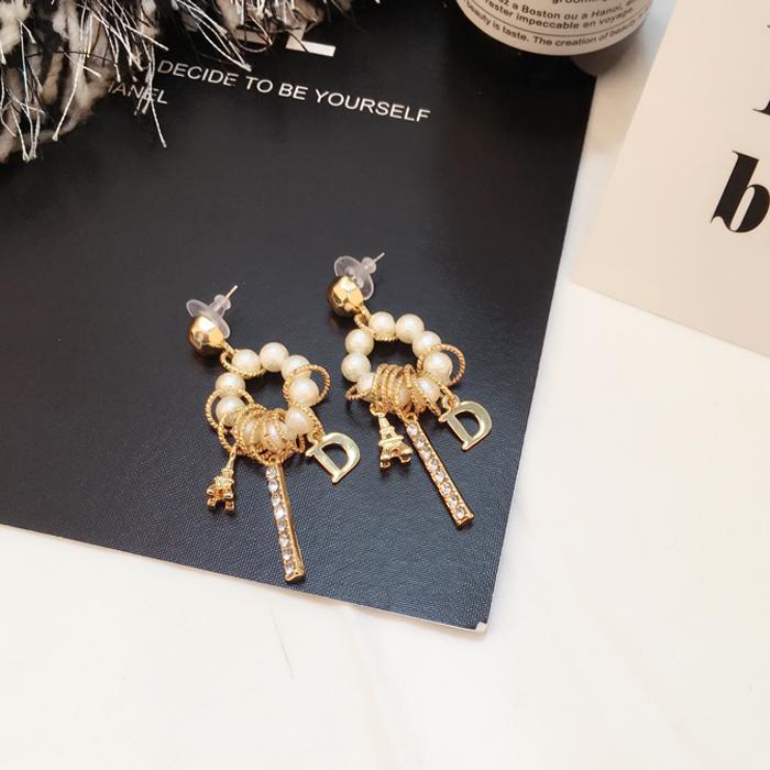 定制款 海棉珍珠韩版珍珠水钻耳环铁塔长款气质耳钉 女学生耳环详情图