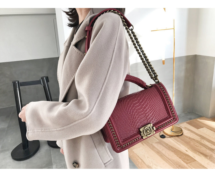 Handbag - Sac Chanail Croco OO